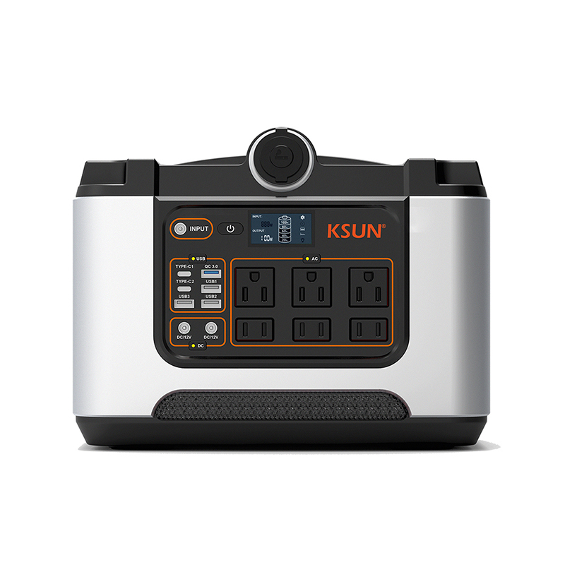 648Wh Portable Power Station / Generator with AC/DC Output